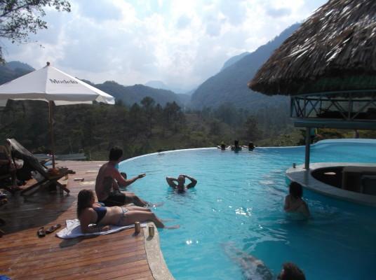 Les piscines naturelles de semuc champey la page pageau for Combien coute une piscine naturelle