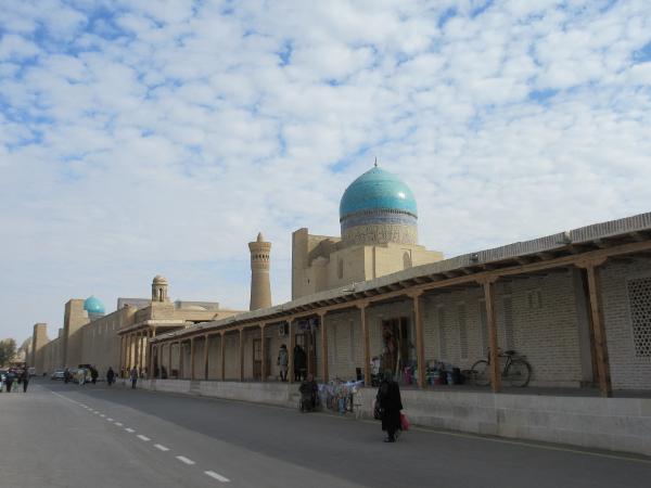L'arrière de la mosquée Kalon